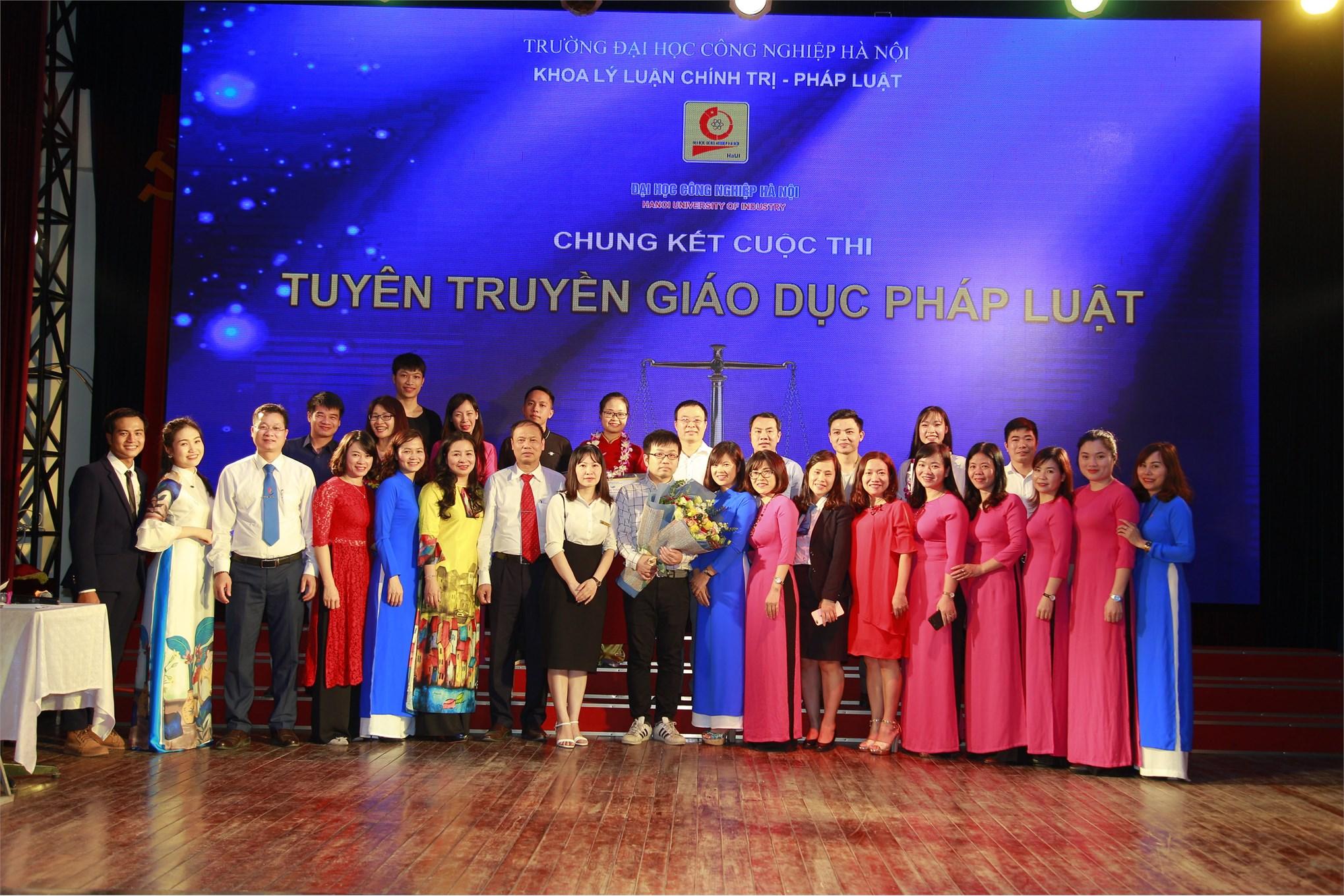 Chung kết Cuộc thi `Tuyên truyền giáo dục pháp luật năm 2019` Trường Đại học Công nghiệp Hà Nội