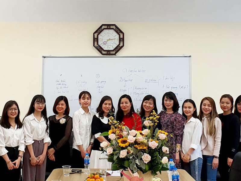 Chào mừng Đoàn sinh viên Học viện Báo chí và Tuyên truyền về thực tập tại Khoa Lý luận Chính trị - Pháp luật